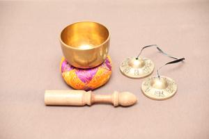 ネパールの楽器シンギングボウル